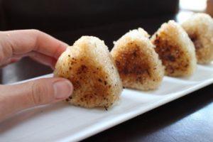 Yaki onigiri kuliner khas jepang