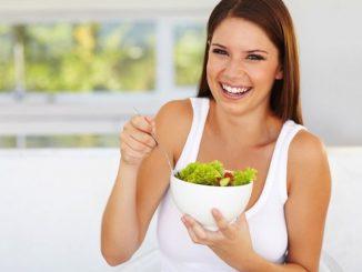 makanan yang menyebabkan kulit lembap