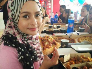 perbedaan dan cara makan pizza