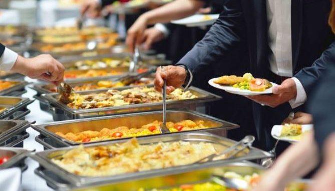 Makanan yang ada di pernikahan