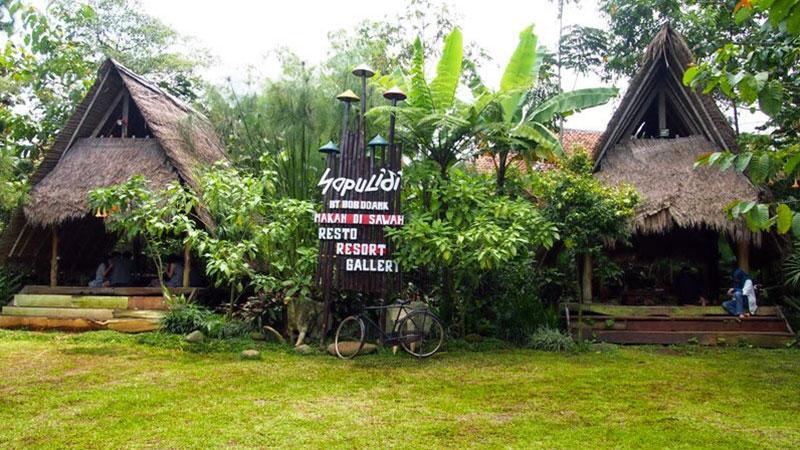 Wisata-Sapu-Lidi--Lembang-